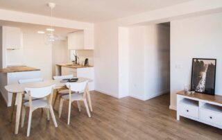 Salón vivienda reformada en serrería Valencia